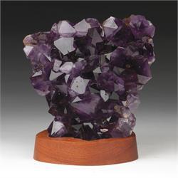 Amethyst-Crystals-Geodes